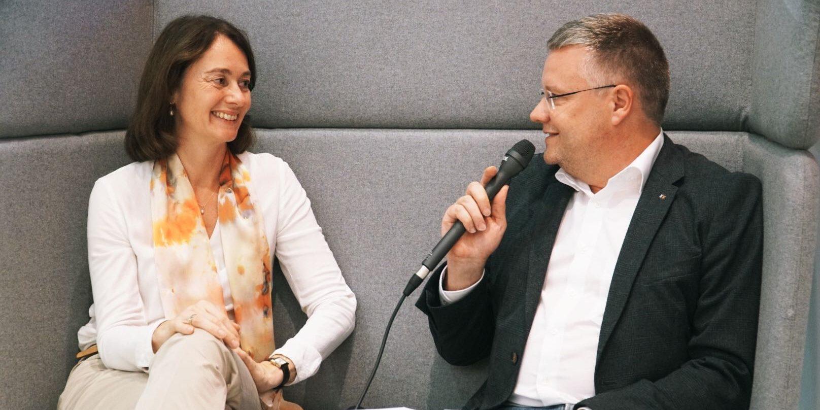 Katarina Barley im Gespräch mit Marcus Ventzke bei der EduCouch